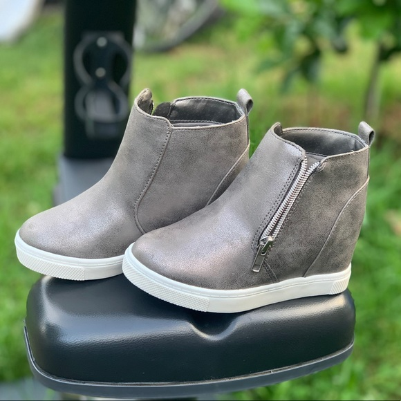 wonder nation Other - Girls Casual Wedge Sneaker Booties Children Shoes